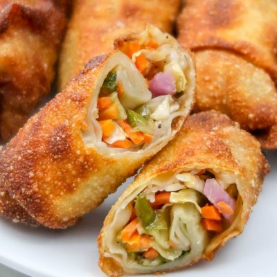 Spring Rolls With Sweet & Spicy Dipping Sauce